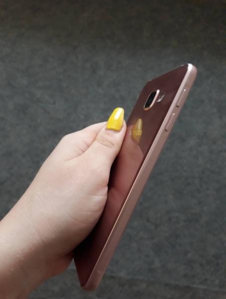Samsung A3 2016 втора употреба. Цена 365 лв. Русе