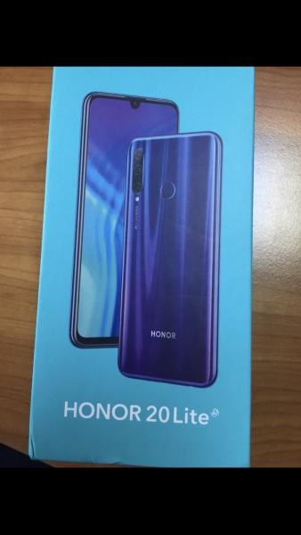 Други марки Honor 20 Lite втора употреба. Цена 400 лв. София
