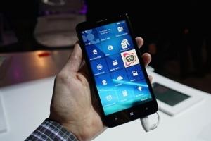 Alcatel Idol 4 Pro - нов смартфон с Windows OS