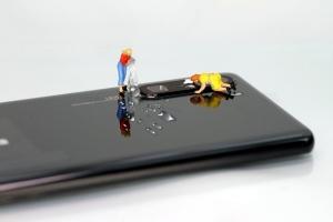 Как да почистим и дезинфекцираме смартфона си